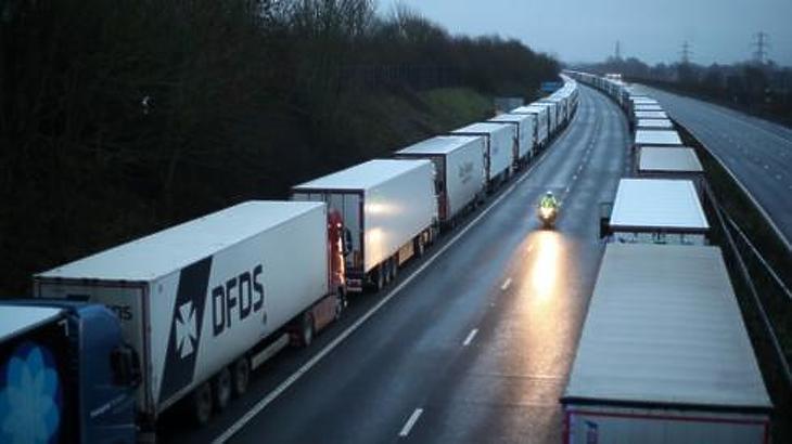 A határzár sem volt akadály. Fotó: BBC