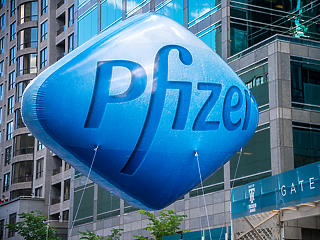 Az USA engedélyezte a Pfizer/BioNTech-vakcinát