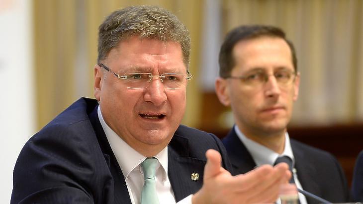 Varga-Parragh találkozó volt a minimálbér ügyében