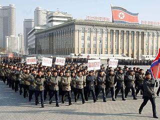 Egy ellencsapásra is felkészültek? Észak-Korea atomprogramja tovább pörög