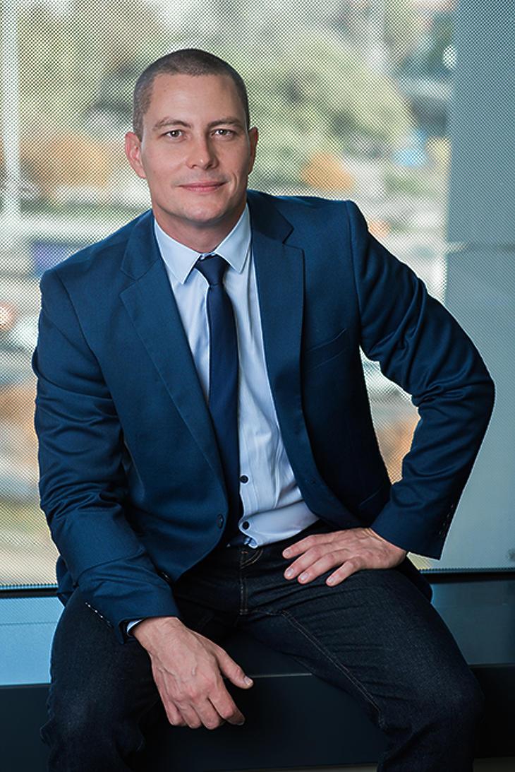 Gyetvai Károly, a Raiffeisen Alapkezelő vezető értékesítés-támogatója.