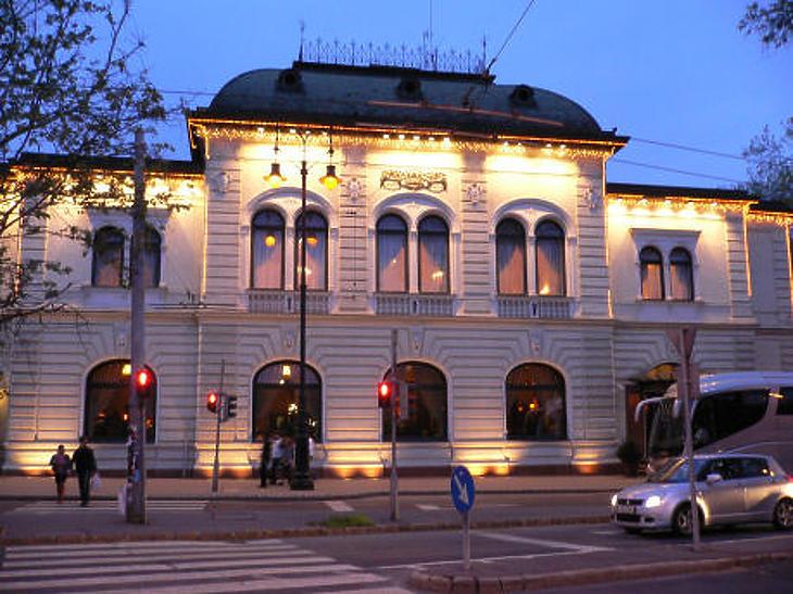 A Gundel Étterem miniszterelnökségi menüje is kiverte a biztosítékot. Fotó: Wikipedia