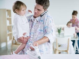 Várhatóan csak 2020 januárjától élesedik a négygyerekes nők szja-mentessége és nagyszülői gyed
