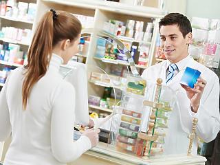 Furcsállja a  gyógyszernagykereskedők és a patikák közti együttműködést a Gazdasági Versenyhivatal