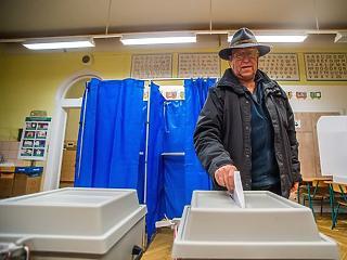 Választások: a szavazók egytizede 9-ig leadta a voksát