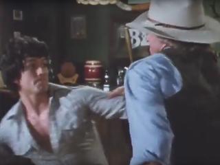 Bobby Ewing kocsmát nyit - nem is akármilyet