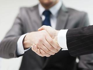Hirtelen fontosak lettek a magyar cégek – ezt ígérik nekik