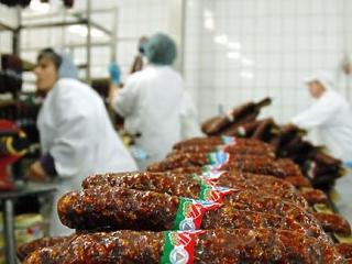 Átlag feletti pörgést produkált az élelmiszer-, ital- és dohánygyártásunk októberben