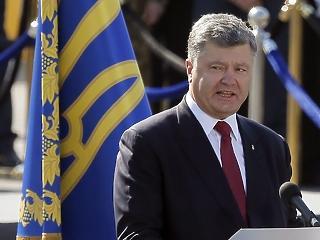 Alkohol-, és drogteszten esett át az ukrán elnök