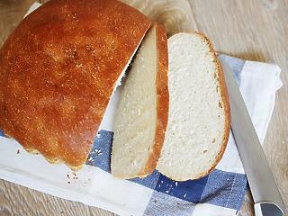 Éves szinten 14 százalékkal emelkedett a kenyér ára