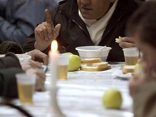 Elkeserítő adat: közel 2 millió magyart fenyeget a szegénység