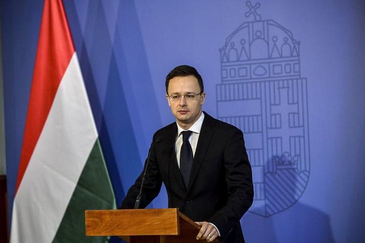 Magyar Nokiákkal fényezné az országot a kormány