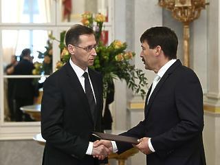 Varga Mihály elárulta, mit tesz a kormány a viharos időkben