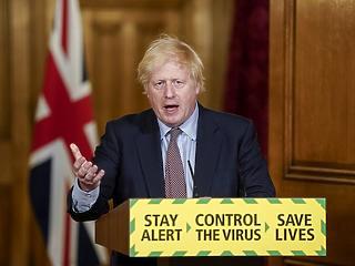 Nagy-Britannia hétfőn bezárkózott - aki belép, karanténba kerül