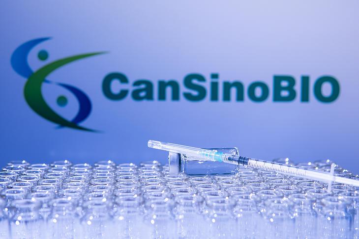 CoviShield és CanSino mégsem lesz a magyar oltási palettán. Fotó: Depositphotos