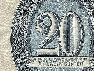 Fej fej mellett a forint és a zloty, mennyit érhet a Telekom?