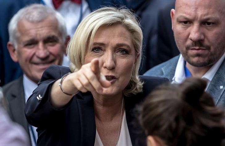 Orbánékat tárt karokkal várja a szélsőjobb