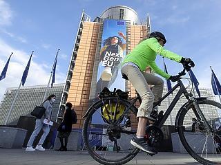 Zsíros csekkekkel érkezhet Von der Leyen – az EP tiltakozik