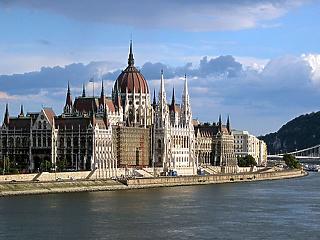 Eljött a nagy nap: alaptörvényt módosítanak Orbánék?