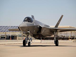 Megállapodtak a fű alatt: mire kell Japánnak ennyi vadászgép?
