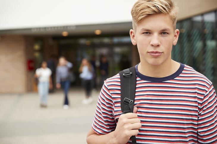 A 16 évesek ellenőrzésre számíthatnak. Fotónk illusztráció, forrás: Depositphotos