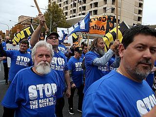 Tüntetnek az Aldi ellen - komoly vádak