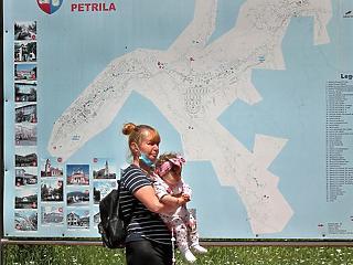 A Standard and Poor's negatívról stabilra javította Románia államadós-besorolásának kilátásait