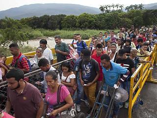 Ma is napi 4000 menekült lépi át a határt