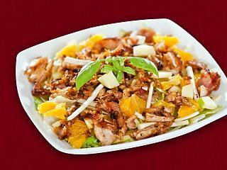 Válassz egy friss, ropogós és egészséges salátát!