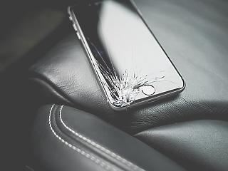 Kongatják a vészharangot a legújabb iPhone miatt - zuhan az Apple