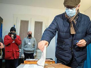 Az ellenzék győzhetett a romániai választásokon