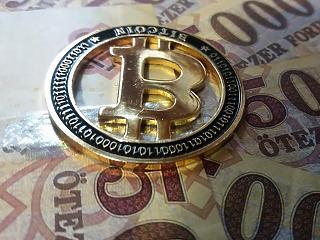 Miért száguld minden a tőzsdén? Húszezerhez közelít a Bitcoin
