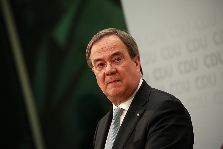 Armin Laschet, a CDU új elnöke most örülhet. (Korábbi felvétel)  EPA/CHRISTIAN MARQUARDT