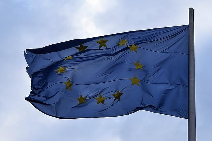 Bezárják az átjáróházat: nehezebb lesz bejutni az EU-ba