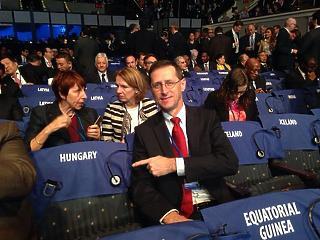 Varga Mihály most egy facebookos fotóval szúrt oda Matolcsy Györgynek