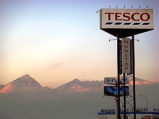 Újabb városokban indul a Tesco házhozszállítása