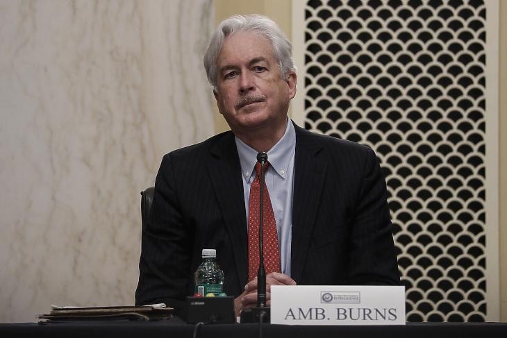 William Burns, Joe Biden amerikai elnök jelöltje a Központi Hírszerző Ügynökség igazgatói posztjára szenátusi meghallgatásának kezdetén a washingtoni törvényhozás épületében, a Capitoliumban 2021. február 24-én. Burns jelenleg a Carnegie Alapítvány a Nemzetközi Békért nevű szervezet elnöke, korábban az Egyesült Államok oroszországi és jordániai nagykövete is volt. MTI/EPA/Reuters pool/Tom Brenner