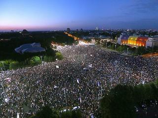 Csendőrattak, vízágyú: hatalmas a felfordulás Romániában