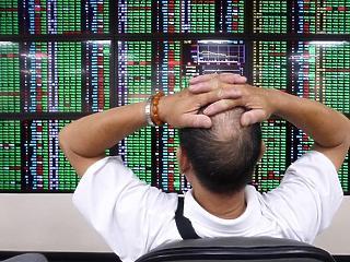 Óriási elmozdulások borzolják a befektetők kedélyeit