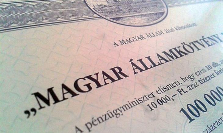 Nemcsak 10 évnél hosszabb lejáratú állampapírokat vehet az MNB. Fotó: MTI