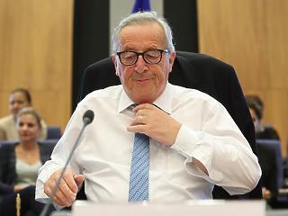 Tényleg konyakot reggelizik Juncker? A brüsszeli főnök rejtélyes tántorgása