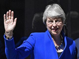 A nap videója: bűbájos kosztümben búcsúzott Theresa May