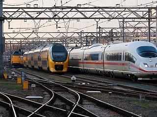 Kicsit késtek a vonatok, 4,9 milliárd eurós állami segítséget kérhet a német vasút