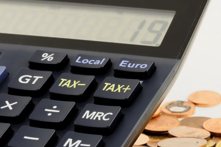 Adófizetési halasztást is lehet kérni. Fotó: depositphotos