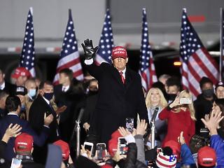 Georgiában már majdnem végeztek, 665 vokssal vezet Trump
