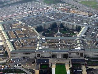 Az amerikai Pentagont is kezdi lebénítani a koronavírus járvány