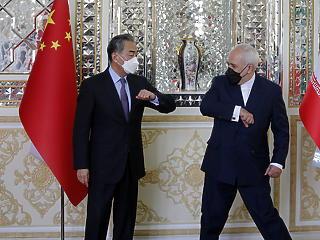 Kína keményen üzent Washingtonnak: új stratégiai pozíció a Közel-Keleten