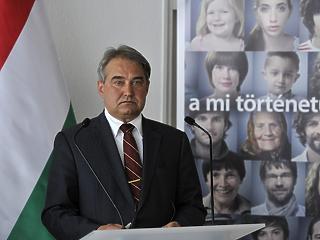 Részletek a Széchenyi Bank vezetőinek letartóztatásáról: bűnszervezetről ír az ügyészség