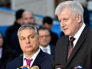 Megvédte Orbán Viktort egy vezető német politikus