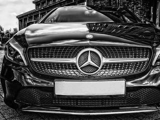 A Daimler mentette meg a napot, Merkel nem áltat bennünket